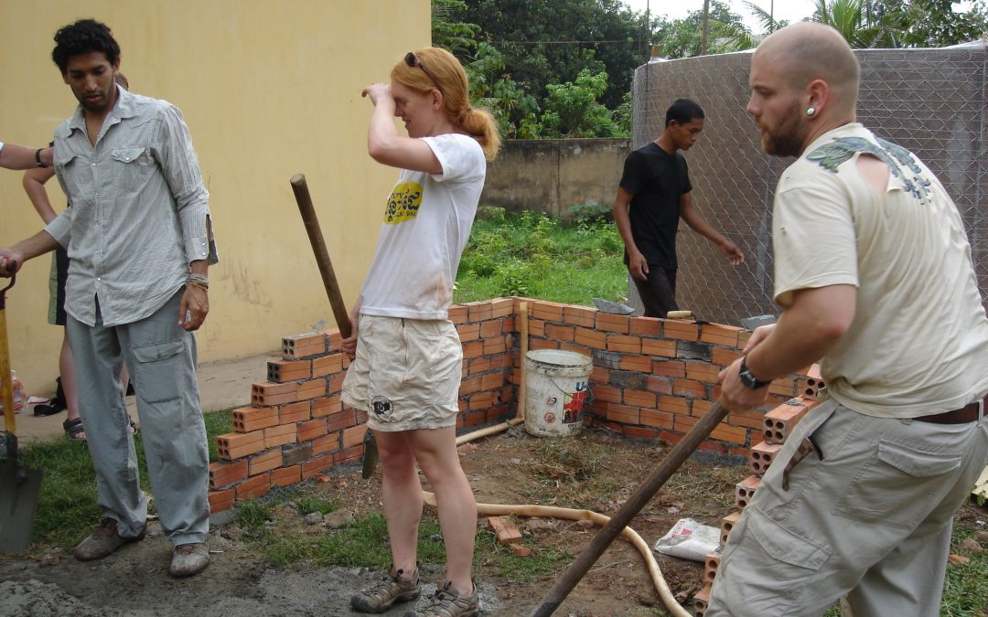How to Deal with Feeling Frustrated when Volunteering Abroad